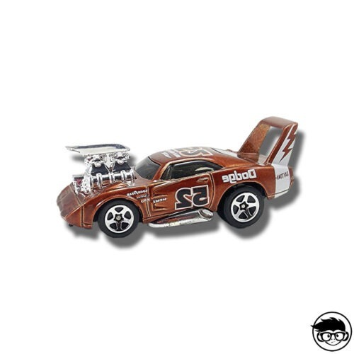 Hot Wheels 1970 Dodge Charger First Editions 30/42 2004 long card