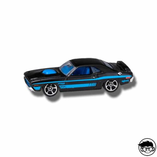 hot-wheels-hw-showroom-2013-71-dodge-challenger-loose