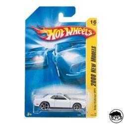 hot-wheels-dodge-challenger-srt8-2008-new-models-long-card