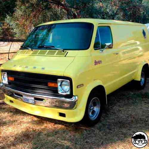 Hot Wheels Custom '77 Dodge Van 4/5 Super Chromes 23/250 2019 short card