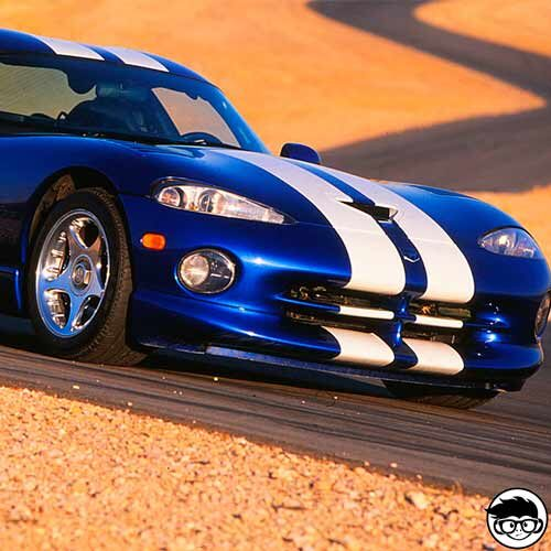 johnny-lightning-classic-gold-1996-dodge-viper-gts-real