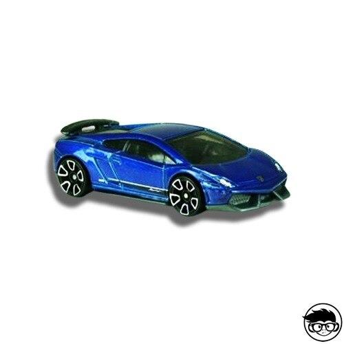 Hot Wheels Lamborghini Gallardo LP 570-4 Superleggera HW City 29/250 2013 short card