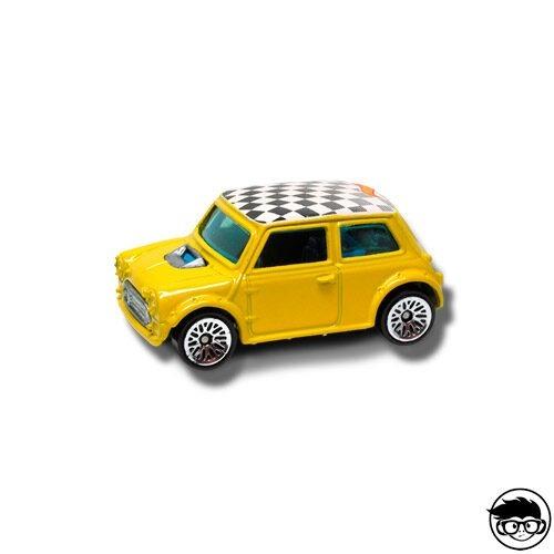 Hot Wheels Mini Cooper First Edition nº090 2001 Long Card