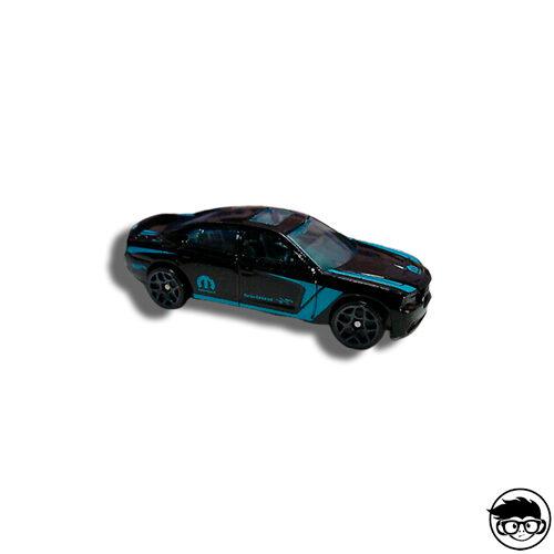 Greenlight-Dodge-Mopar-11-charger-GL-Muscle-series14-2016