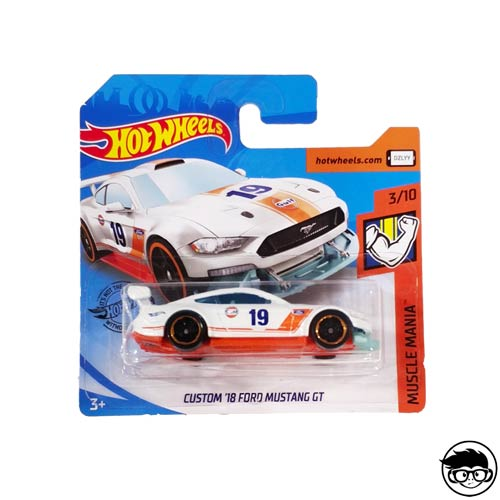 Hot Wheels Custom '18 Ford Mustang GT 180/250 2019 short card