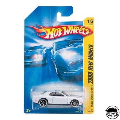 Hot Wheels Dodge Challenger STR8 2008 New Models 016/196 2008 long card