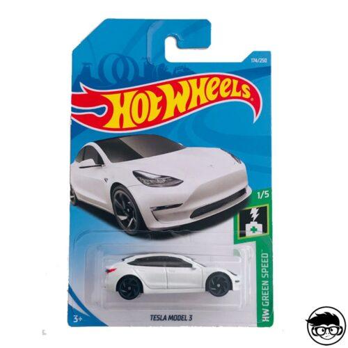 Hot Wheels Tesla Model 3 HW Green Speed 174/250 2018 long card