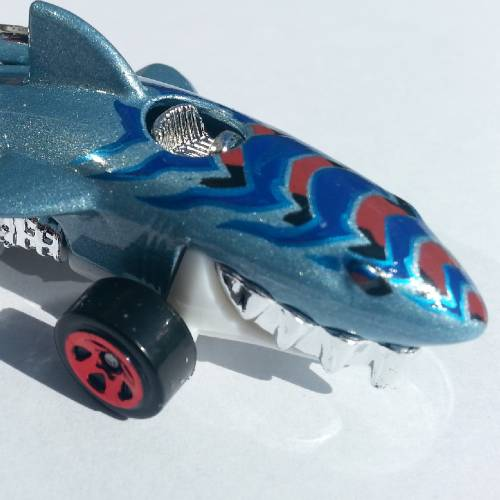 Hot Wheels Sharkruiser Hw City 52/250 2014 short card